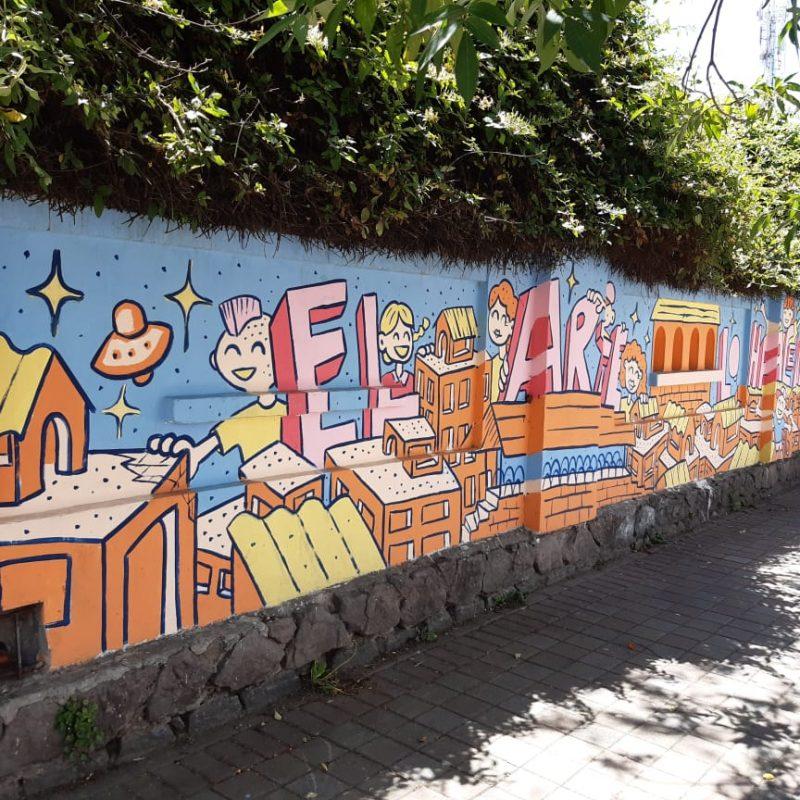 Art-murals-of-La-Mariscal-neighborhood