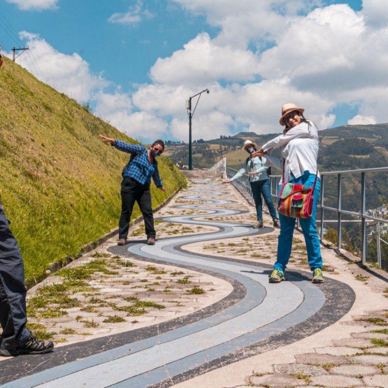 El Panecillo Staircase Challenge, Quito. Walk For Tips Ecuador
